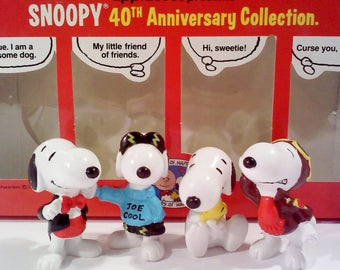 Charlie Brown SNOOPY Figurine Collection