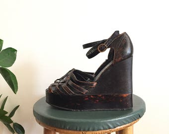Vintage 70s Black Wedge Shoes