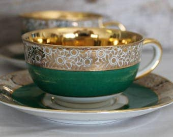 Krautheim Demitasse K A Selb Bavaria Germany US Zone Green Lined with 22KG Tea Coffee Cups and Saucers