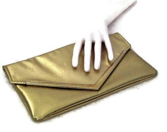 60s Gold Purse, Gold Clutch, Metallic Gold Clutch, 60s Envelope Clutch, Envelope Purse, Gold Evening Bag, Gold Metallic, Gold Envelope,