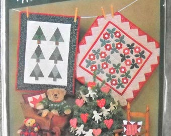 Christmas - The Little Quilt Collection Pattern, by Little Quilts, Vintage 1988