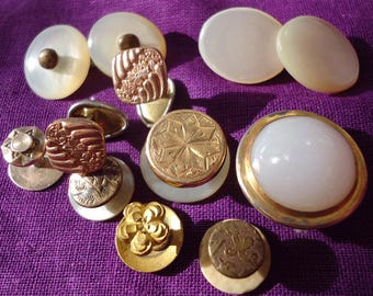 Vintage/antique single cufflinks,and dress studs (Ref D20)
