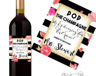Champagne / Wine Labels Bachlorette Party  - Pop The Champange She's Changing Her Last Name - Custom Photo Labels - Hen Party  -