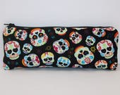 """Sugar Skull Pipe Bag, Pipe Case, Glass Pipe Bag, Padded Pouch, Heart Eyes Pouch, Cute Pouch, Day of the Dead Bag, Vape Pen Case - 7.5"""" LARGE"""