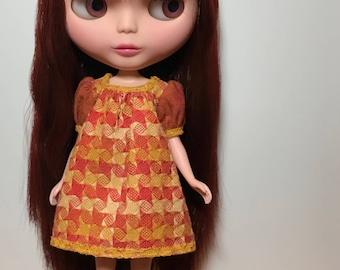 Rosiee Gelutie Dress with puffy sleeves