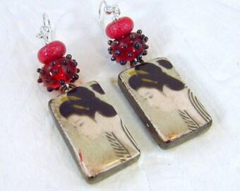 GEISHA DECAL and Artisan LAMPWORK Drop Earrings (ER144RD)