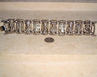 Vintage Evil King And Queen Bracelet With Shield Horse Wizard And Castle Late 1940's Jewelry 1015
