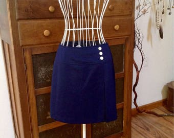 Adorable vintage scooter skirt/ skort