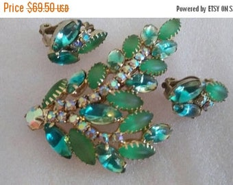 Now On Sale Juliana Designer Vintage Green Rhinestone  Brooch Pin Earring Set ***Retro Collectible Old Hollywood Glam 1950's 1960's Demi Par