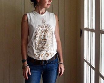 Buddha Sleeveless Tee. Yoga Shirt. Buddha T-shirt. Inspirational Tee. Yoga Clothing. Spiritual Clothing. Gold Buddha. Gifts for Her.