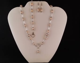 Freshwater Pearl  Necklace, Bracelet and Earring Set