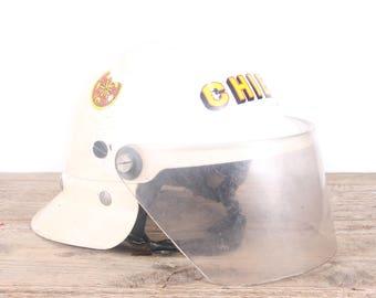 Vintage White Fireman's Helmet / Fireman's Chief Helmet / Antique Fireman's Helmet / Fireman Party / Montevello Alabama Fire Department