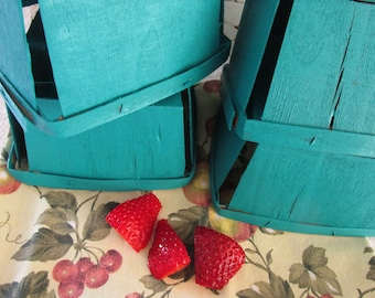 Vintage Splint Wood Berry Boxes/Original Strawberry Containers/Painted Teal/Farmhouse Display/Cottage Decor/Rustic Wedding Centerpieces