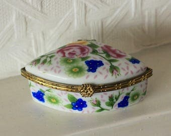 Vintage Trinket Porcelain Blue Floral Pill Box Fan Shaped