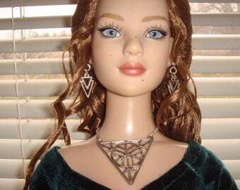 "Tonner American Model #102 Cissy 1/3 BJD SD 20 To 24"" Doll Jewelry Set"