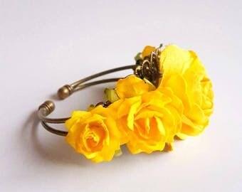Bright yellow prom corsage - custom corsage - Bespoke - bracelet - wrist - keepsake - mother's - bridesmaid corsages
