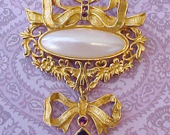 Lovely Vintage Brooch-Bows with Purple Rhinestones