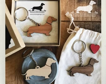 Doxie. Keychain -- (Dachshund, Wood, Key Ring, Vintage-Style, Sausage Dog, Wiener Dog, Choose Your Color, Christmas Gift, Stocking Stuffer)