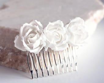 71 Natural white floral hair comb, Bridal hair comb, White rose bridal hair comb, Bridal rose hair comb, Floral bridal hair comb Bridal hair