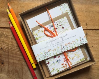 Pretty Wildflower writing set - floral gift set - gift for pen pals - gift for grandma - ideal gift for her - post - stationery set