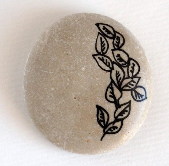 Fall leaves Handpainted beach stone Painted Rocks/stones Office/Desk Decor Home decoration Gift for nature lovers Ink drawing original