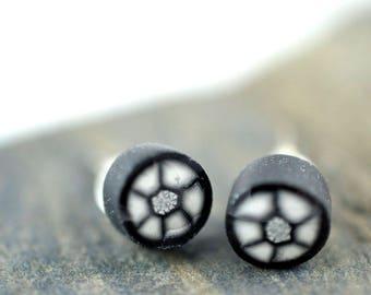 Black and White Mini Flower High Gloss Stud Earrings