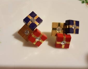 "Avon 1991 ""Holiday Surprise"" Pierced Earrings - Red, Blue and Gold"