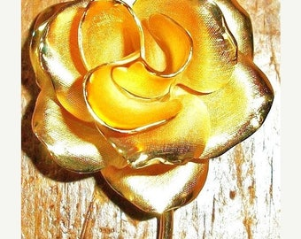 ON SALE Vintage Gold and Brushed Gold Rose Flower Brooch  Bridal Brooch Bouquet Collectible Jewelry