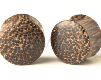 "Pair Palm Wood Gauged Earring Plugs 6G, 4G, 0G, 00G, 7/16"", 1/2"", 9/16"", 5/8"", 11/16"", 7/8"" Dunnygun Body Piercing Jewelry"