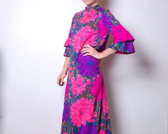 60s small neon Hawaiian bell sleeve psychedelic a line dress womens long sleeve vintage clothing pink flower vacation Kiyomi long maxi lua6