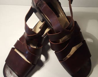 """Vintage Westies Brown Leather Sandals Open Toe, 1.5 """" Chunky Heel, Buckle Closure, Women's Size 9 Medium, All Occasion, Unisex,"""