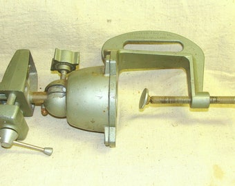 Vintage Fully Adustable PanaVise, Perfect for Smaller Projects, Crafting, Very Versitile