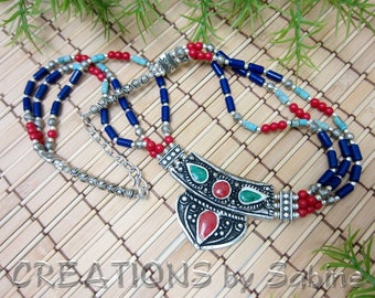 Boho Necklace Beads South America Blue Red Green Turquoise Silver Tone Metal Ethnic Tribal Bohemian Triple Strand Vintage FREE SHIPPING 680