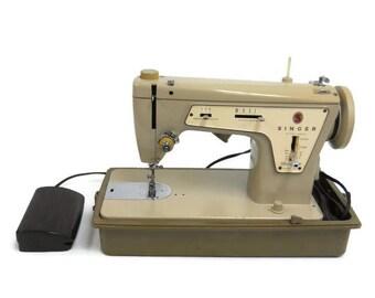 Singer Fashion Mate Model 237 Vintage Handy Sewing Machine