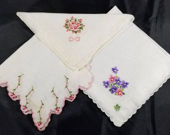 Three Vintage Floral Embroidered Hankies -- Pretty!