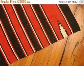 ON SALE vintage red, white & black geometric navajo rug, mid century mexican navajo rug, 30x62
