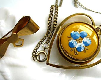 Coin Holder Vintage Pendant Brooch, Brass Ribbon Bow and Heart Drop, Yellow Enamel Blue Flowers, 1940s Token Dispenser, 24-Inch Chain