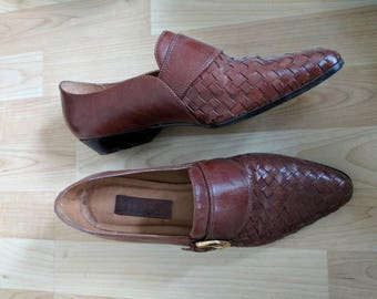 Vintage brown buckle leather shoes size 9