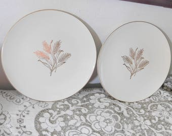 Plate Knowles, 1950 s Knowles Wheat Plates by Freda Diamond Vintage X 4009, Vintage Dishes, Vintage Kitchen,