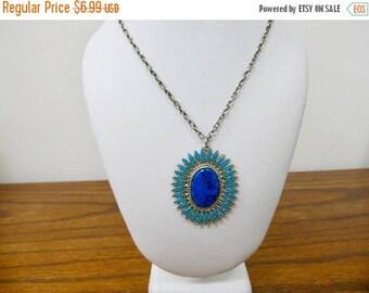 ON SALE Vintage Faux Turquoise Medallion Necklace Item K # 299