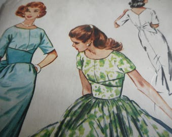 Vintage 1950's McCall's 4530 Dress Sewing Pattern, Size 12 Bust 32