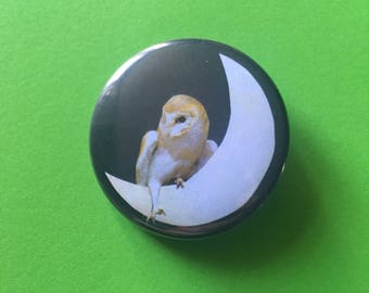 Button pin badge - owl on crescent moon