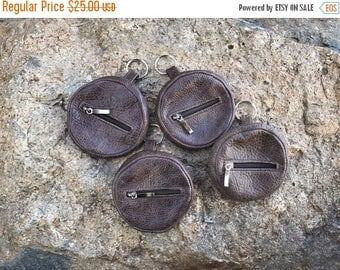 ON SALE Distressed Leather Pouch Bag, Small Leather Purse, Mini Cosmetic Bag, Coin Bag KeyChain, Original Key Chain Bags, Maria