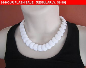Vintage white bead choker necklace, estate jewelry