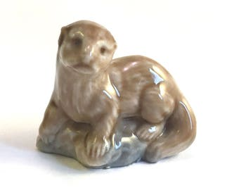 Wade Whimsie: Otter Figurine - 1972 - Wade Otter - Whimsie Otter - Wade Figurines - Wades - Wade Whimsies - Otter Figurine - Vintage Wade