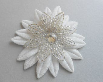Clip off white flower beaded with Crystal stone