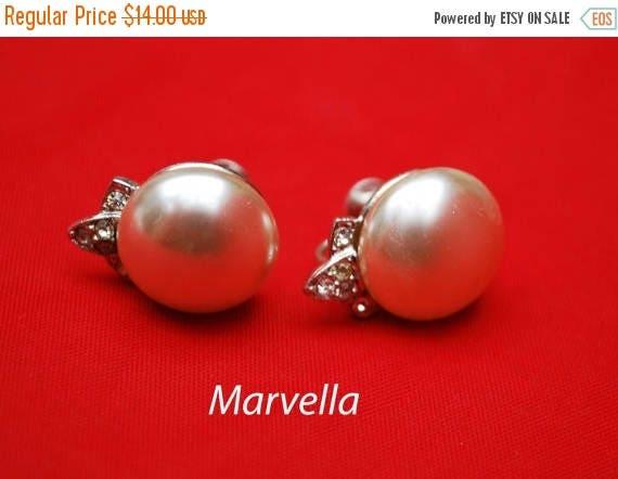 Cream White Pearl rhinestone Earrings - signed Marvella - screw back earring - Wedding bride