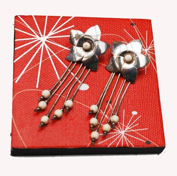 Sterling Star  flower Dangle earrings - Signed Jezlaine - White beads - Pierced drop earrings