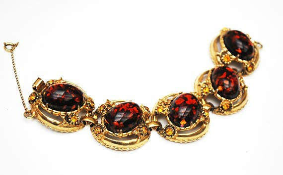 Chunky Amber  Lucite Link Bracelet - Large oval Confetti brown orange  - Orange rhinestone- gold tone metal