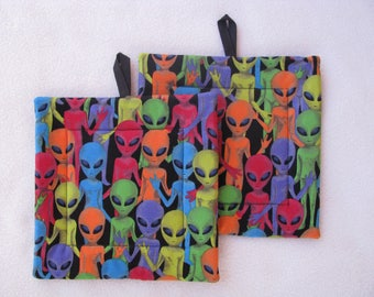 Space Alien Potholders, Aliens, Hot Pads,  Housewarming Gift, Outer Space, Trivets, Handmade, I Come In Peace, Potholder Set, Set of 2